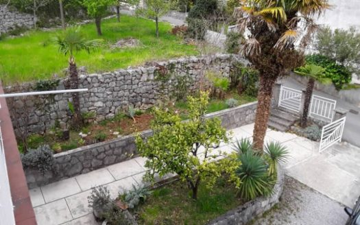 House with Large Garden 250m from the Sea