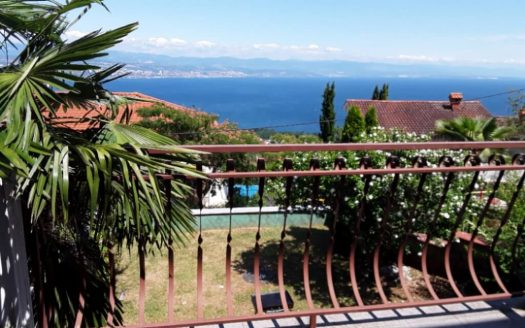 House with Beautiful Garden and Garage for sale in Croatia, Opatija (20)