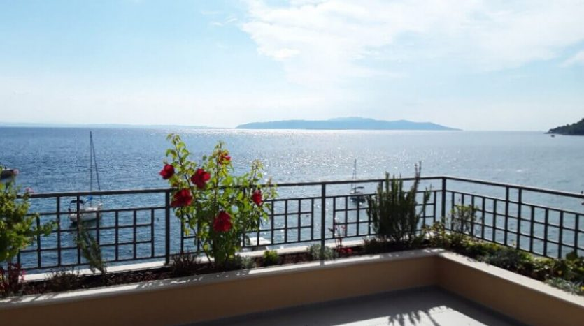 Aparthotel for sale in the first row to the sea in croatia - terrace (17)