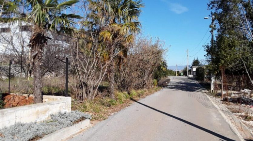 Building land 250m from the sea for sale in Croatia (3)