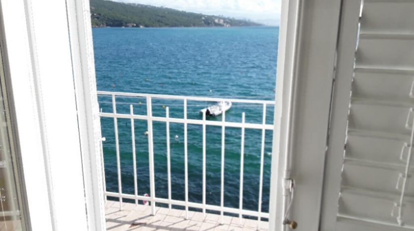 Mediterranean House first row to the sea for sale in Volosko, Opatija (2)