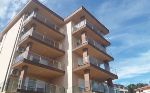 Modern apartment with swimming pool and sea view for sale in Opatija (4)