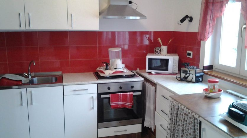 Renovated Stone House in Peacefull Area (10)