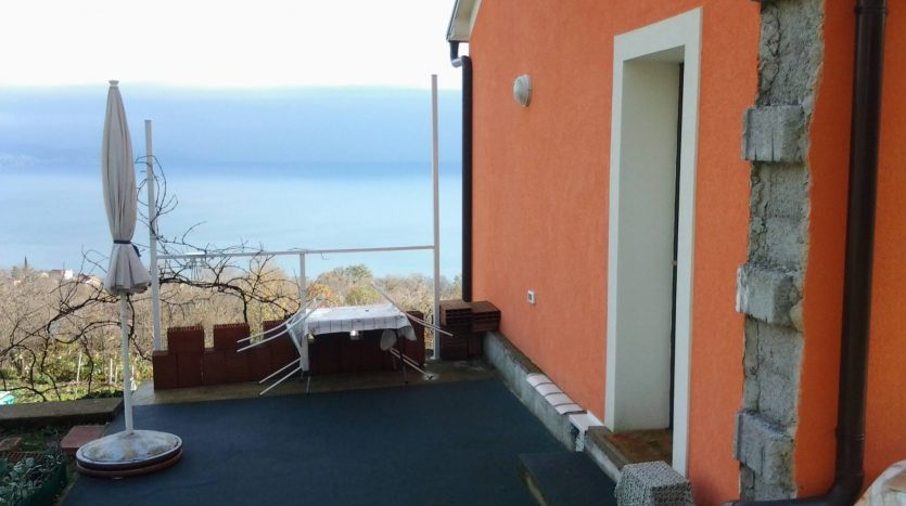 Renovated Stone House in Peacefull Area (7)