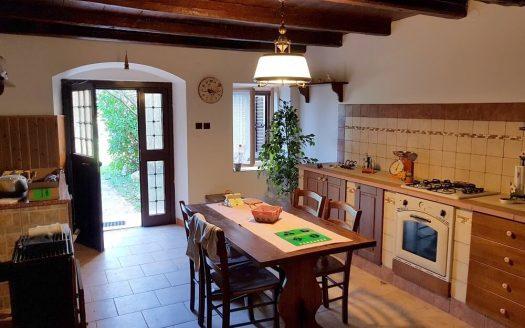 Steinhaus zum Verkauf in der Nähe von Poreč in Istrien Küche