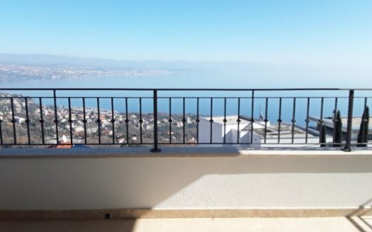 Apartment with Large Garden and Sea View for sale in Opatija