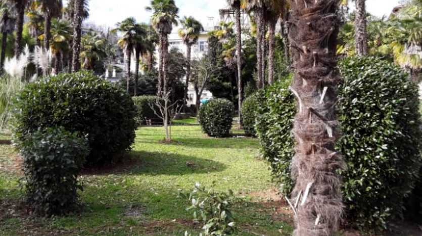 Apartment on top location with garden and parking for sale in opatija
