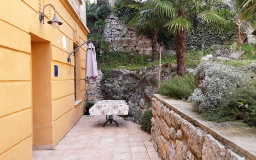 Apartment on top location with garden and parking for sale in centre Opatija