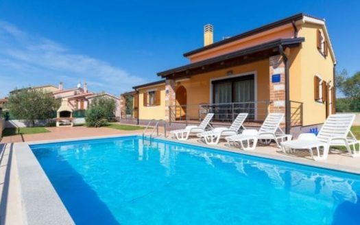 Detached house for Sale in Poreč