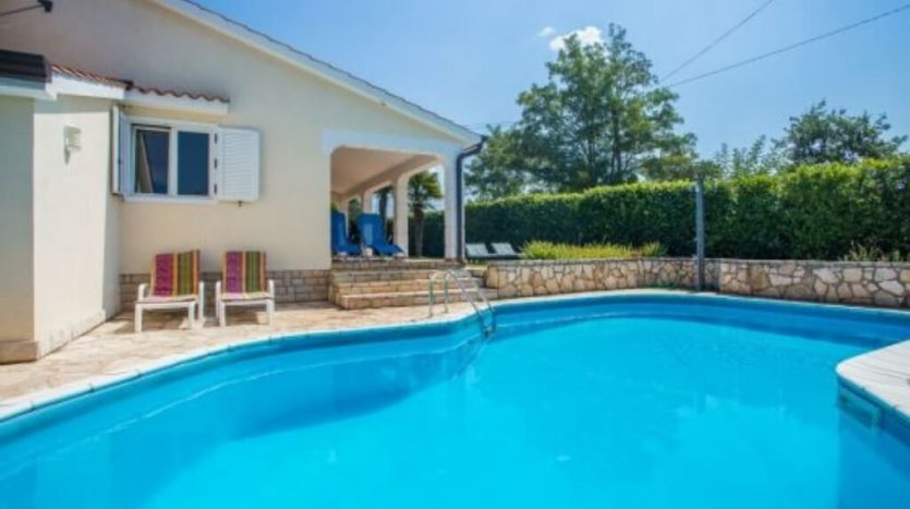 Family House with Pool near Poreč (3)