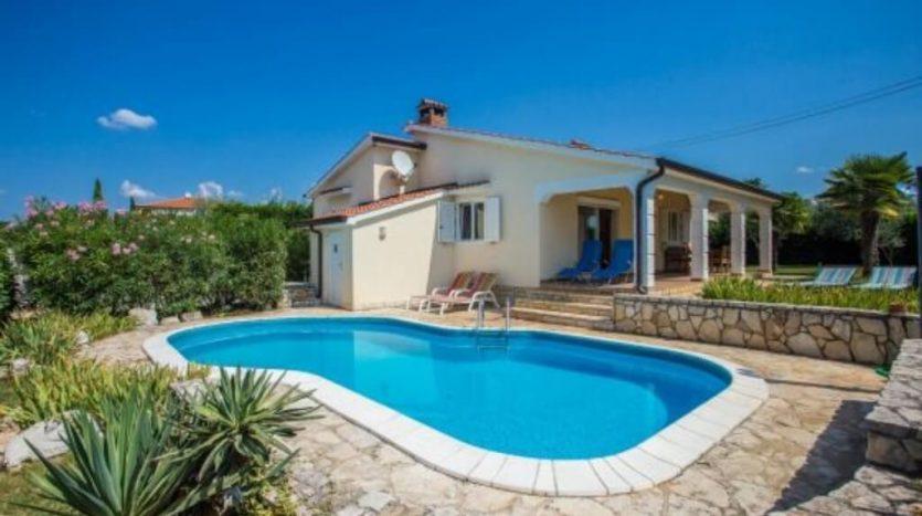Family House with Pool near Poreč for sale