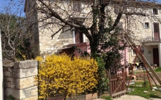 tone house for sale in Vabrigada near Poreč