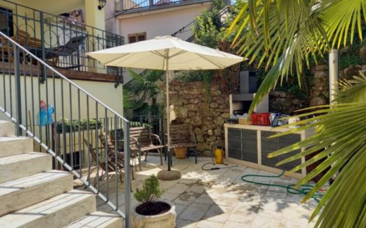 Renovated Historic House in Opatija 20 m from the beach (10)