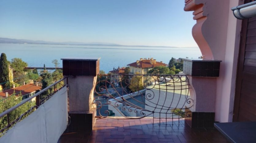 Apartment with garden and nice sea view in opatija for sale