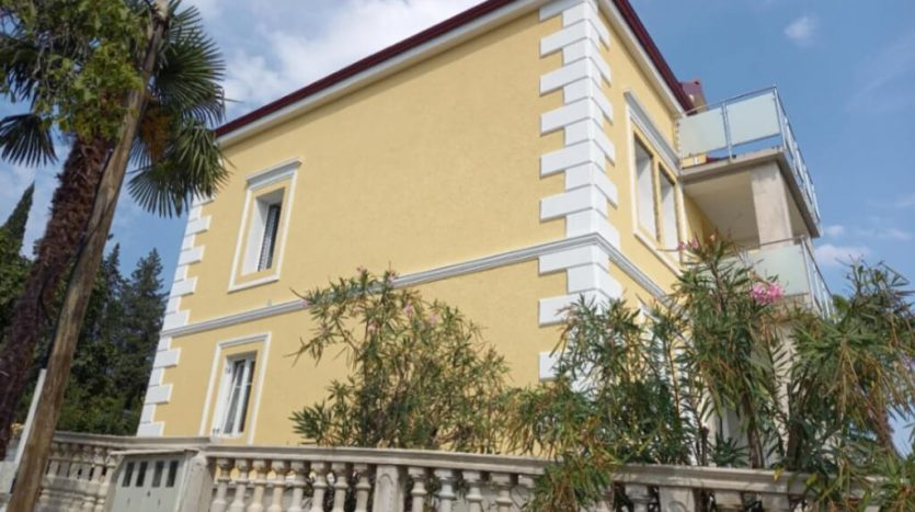 Traditional Renovated Villa 150m From the Sea in Opatija surrounding (11)