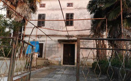 Historisches Haus 20m vom Meer entfernt