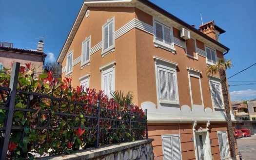 Apartment in the Center of Opatija for sale (1)