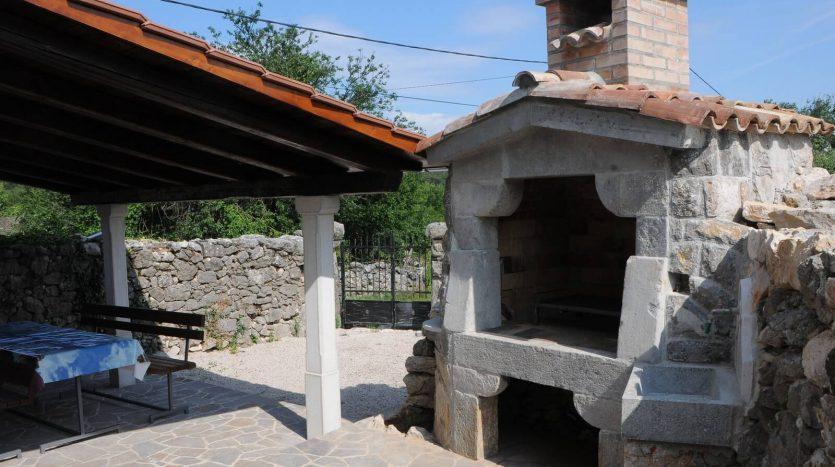 Traditionelles Steinhaus in Krk zu verkaufen