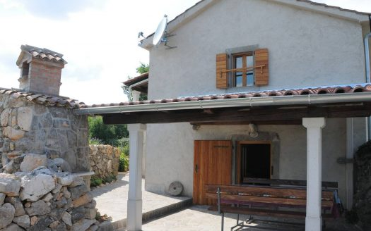 Tradicional Stone House in Krk for sale