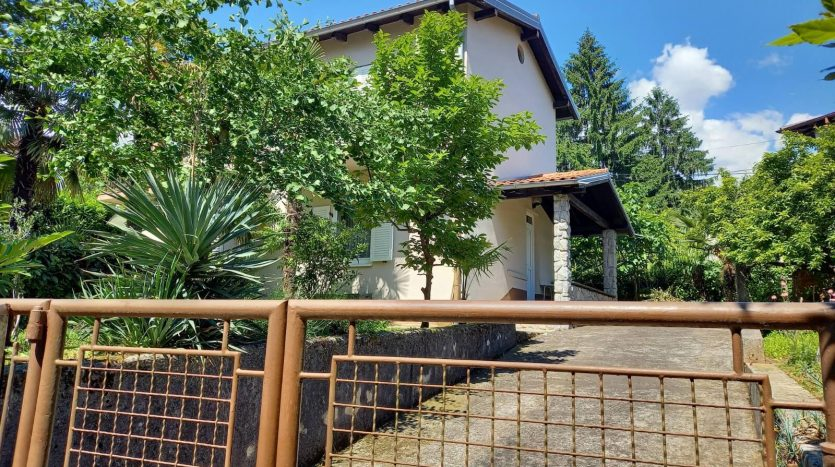 House with Garden 50m From the Sea in Opatija