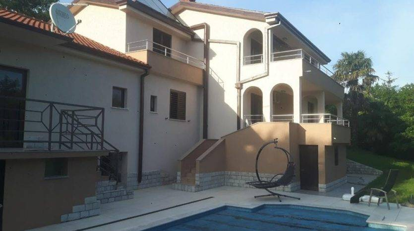 Mediterranean House With Pool in opatija for sale (3)